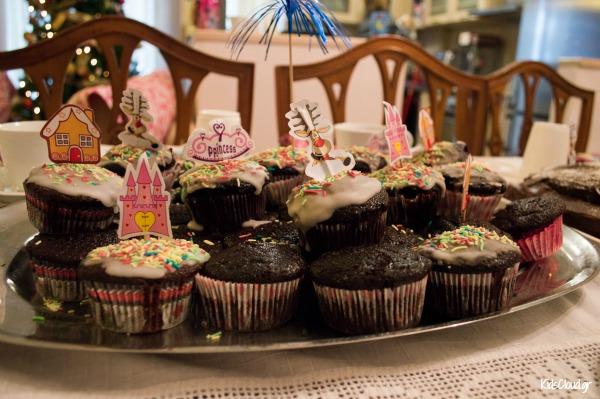 Tea party cupcake2
